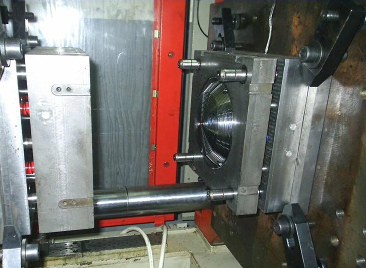Molds industry , Piramit kalip , Plastic molds making ,  CNC , molds manufacturing , Moulds design,