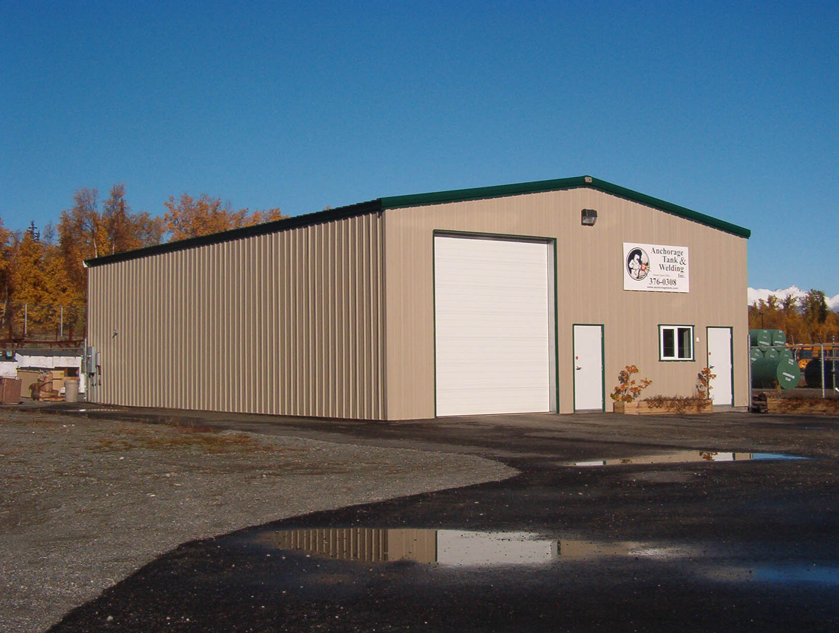 Low cost steel construction prefabricated storage warehouse