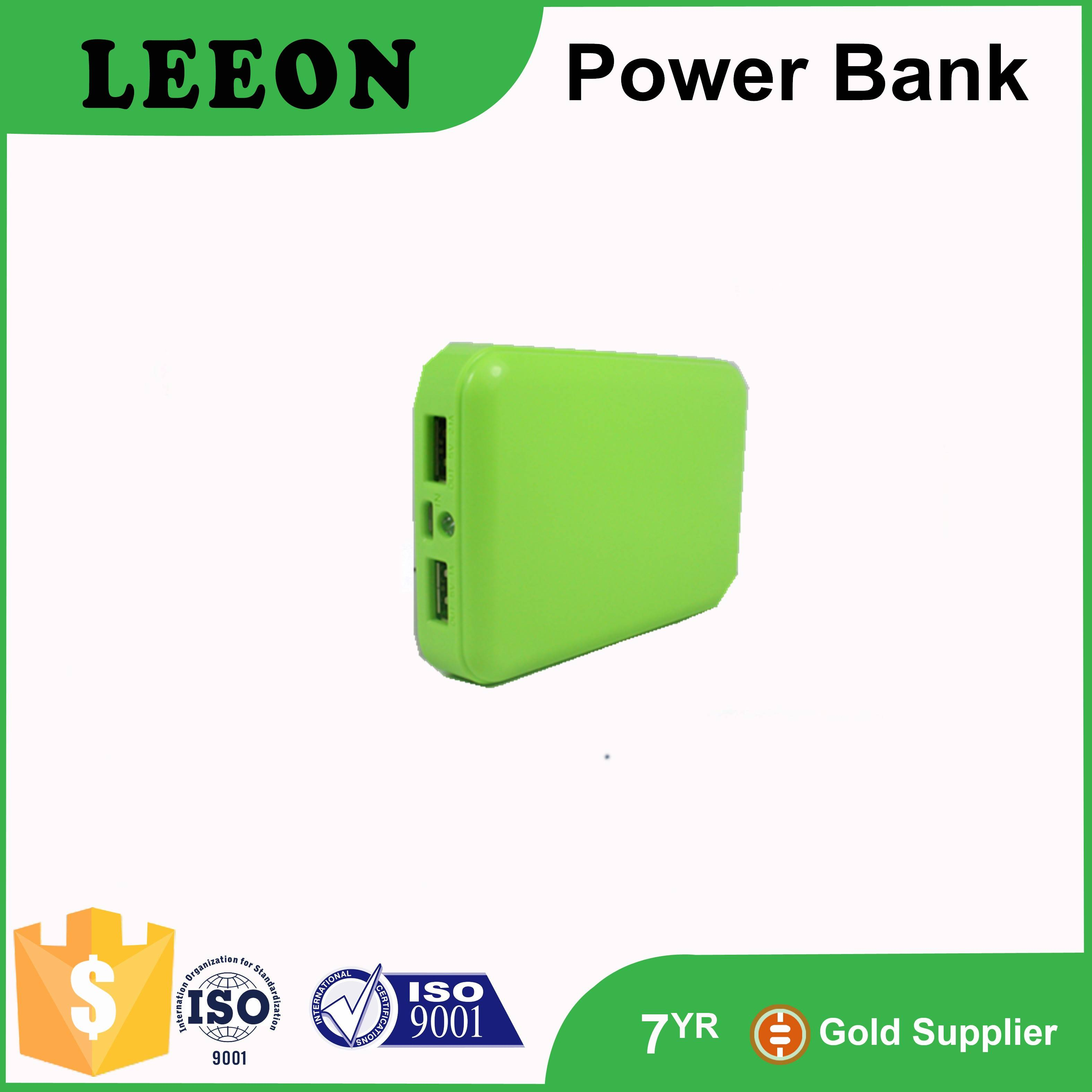 Hot selling OEM 8400mah dual USB portable power bank