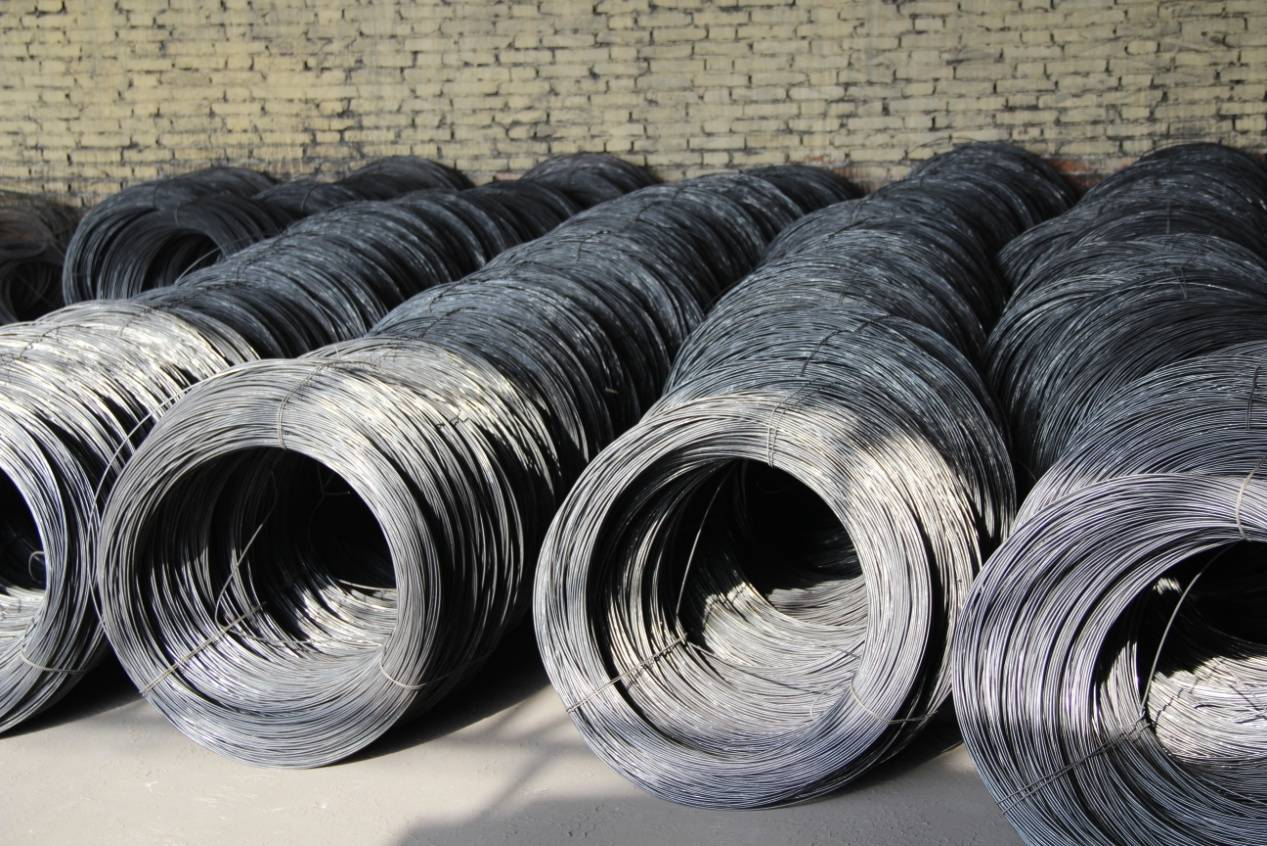 Black iron wire is also called black hard-drawn wire
