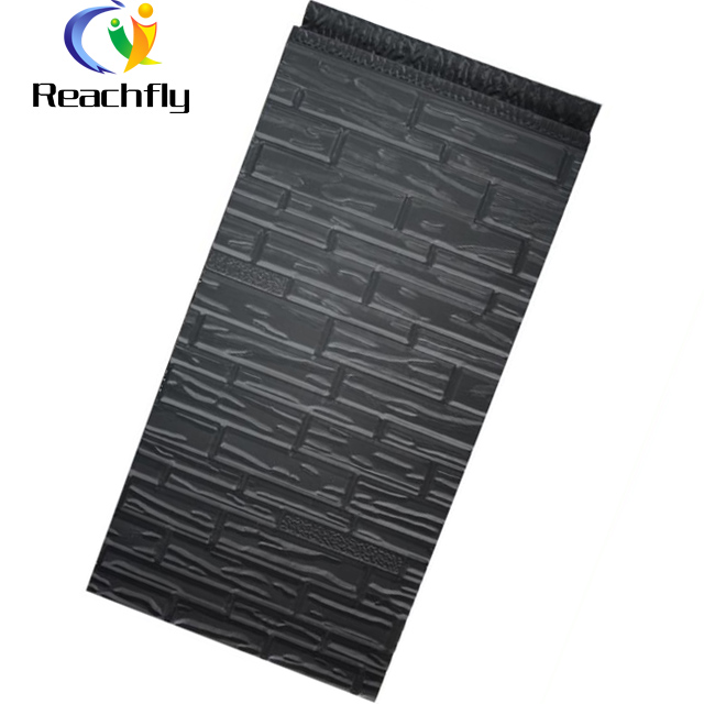 Metal surace polyurethane sandwich decorative wall panel