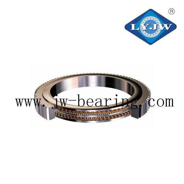 Crossover roller slewing bearing