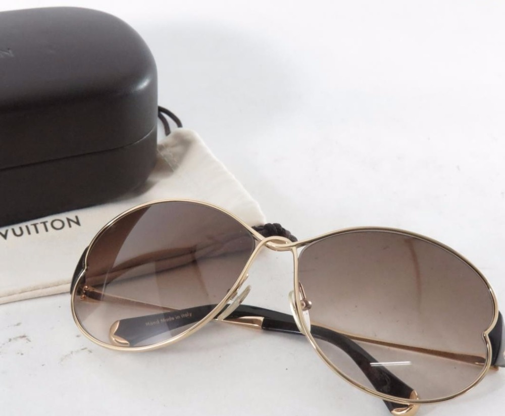 High quality Used Luxury Brand LOUIS VUITTON Z0262U Fashion Sunglasses for bulk sale.