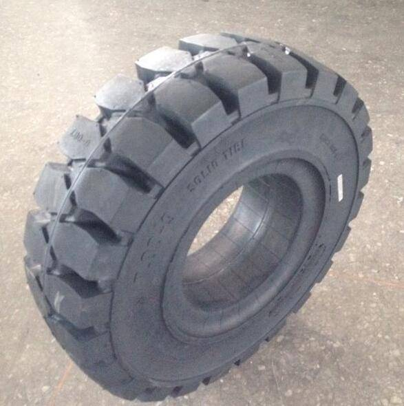 pneumatic forestry tire 7.00-9 for platform lift