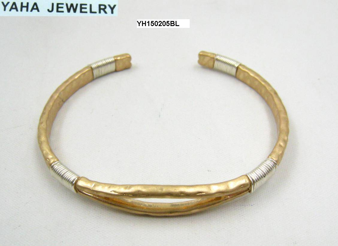Delicate two tone imitation jewellery fashion cuff