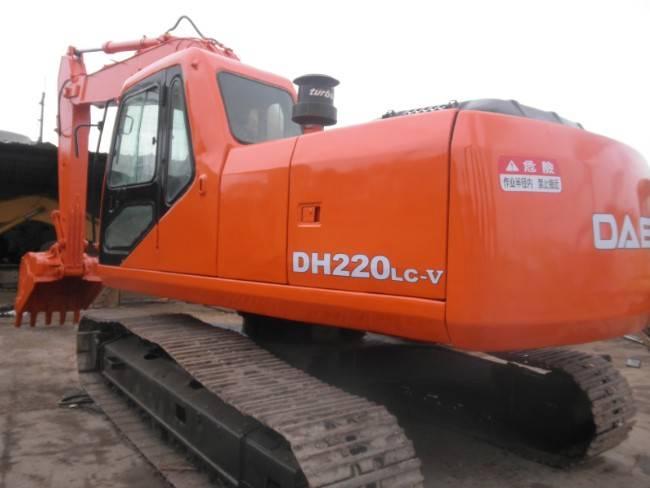 Korea Used Daewoo Crawler Excavator 220LC-V Original from Korea  for sale