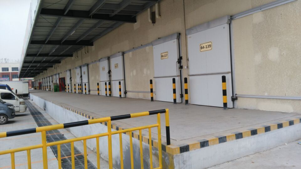 potato storage,distribution center,tomato and potato storage