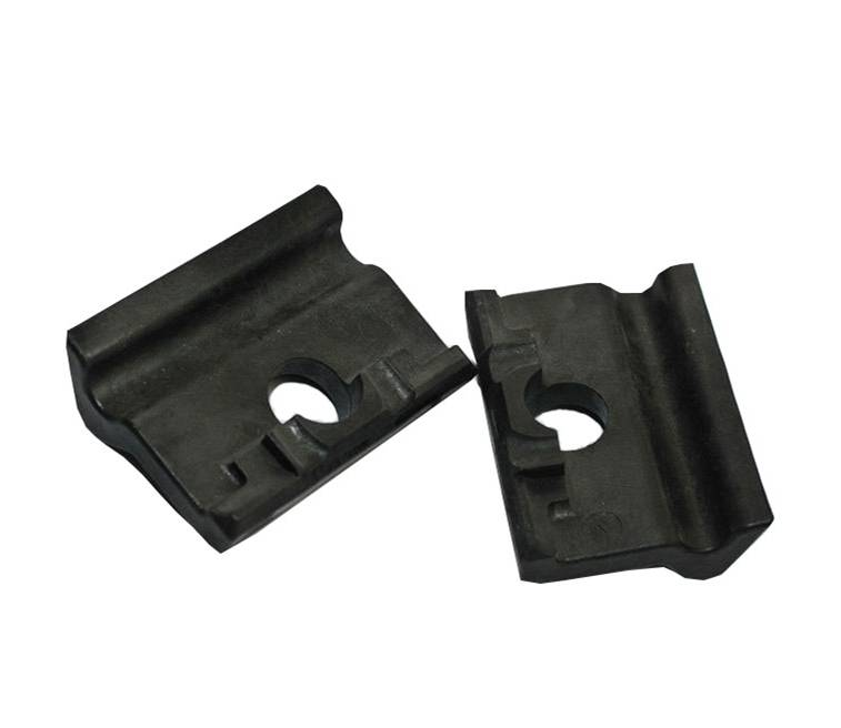 Rail insulator / rail fastenings