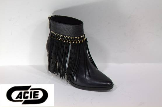 Ankle boots with long tassel for ladies