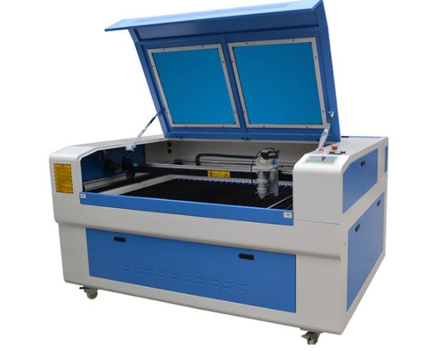 Metal and Non Metal CO2 Laser Cutting Machine 1390