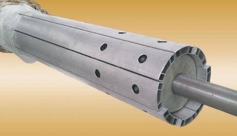 Spreading roll for papermaking machinery