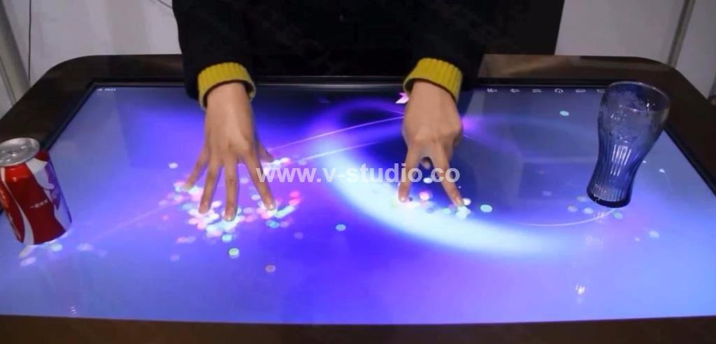 LCD Multi Touchscreens by V-Studio