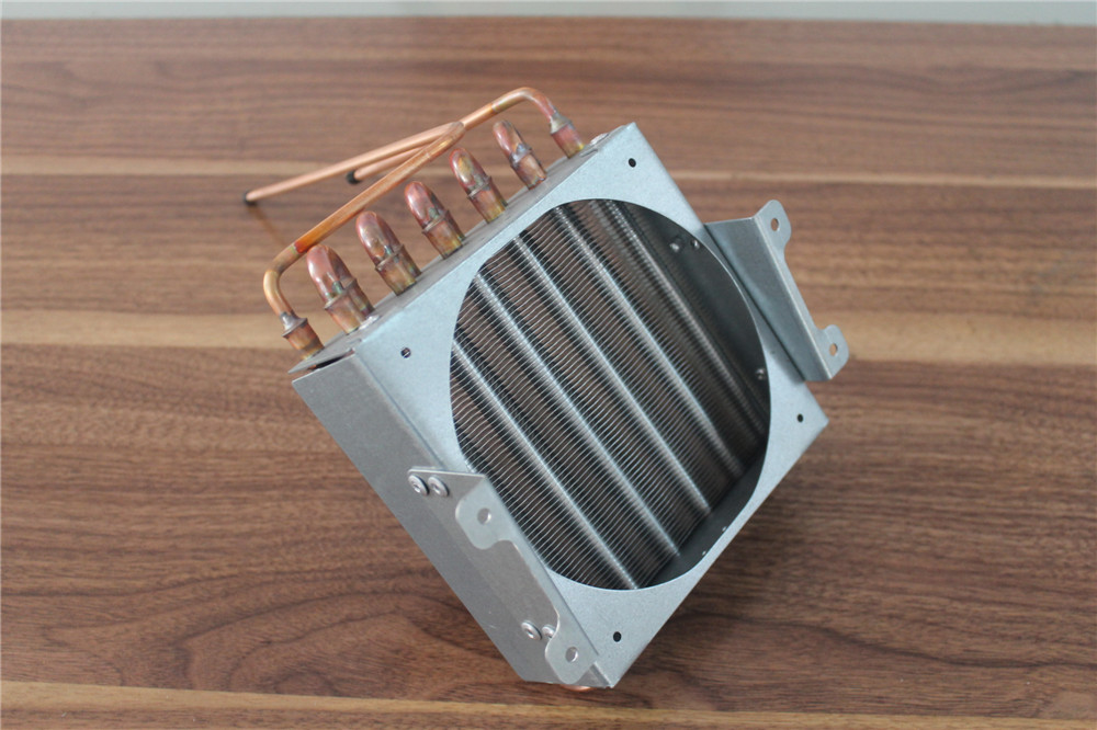 Copper tube aluminum fin condenser for juice maker