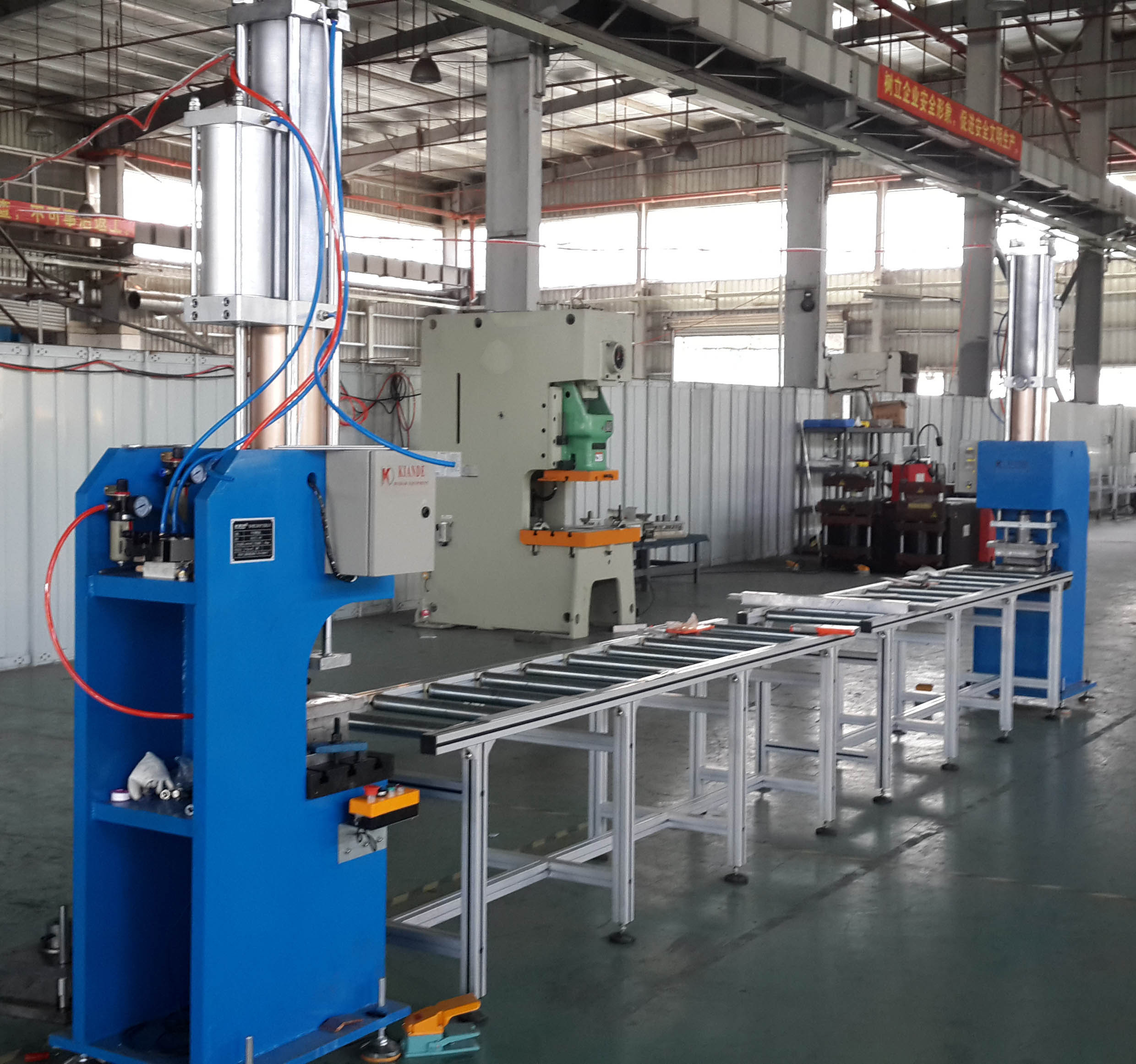 Copper bar air and hydraulic bending machine