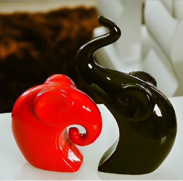 Creative ceramic Couple elephant 2 pieces/set modern home pottery decoration
