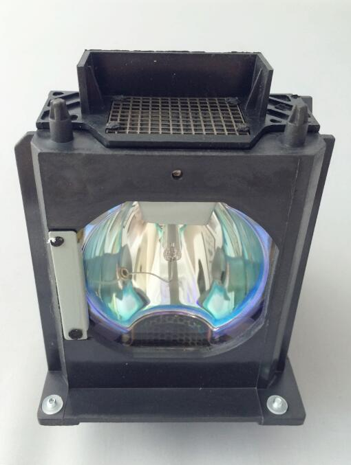 Compatible Replacement Projector Lamp 915B403001 for MITSUBISHI WD-73C8,WD-73C9,WD-82737,WD-82837