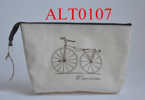 Handbag with zipper