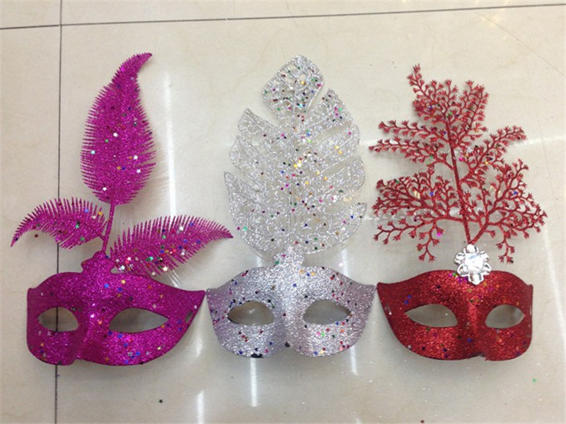 Venetian Mask Christmas Masquerade Glittering Leaf pattern Half Face Party Mask