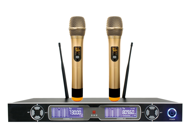 2 Channels UHF wireless microphone system