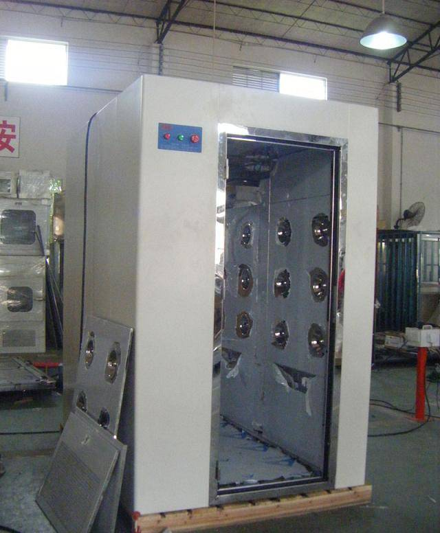 Industrial Cleanroom air shower