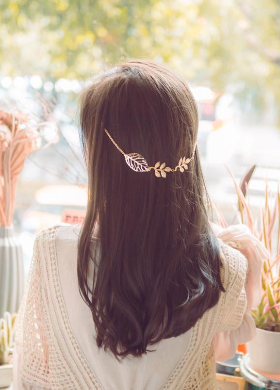 Leaf-style hair chain
