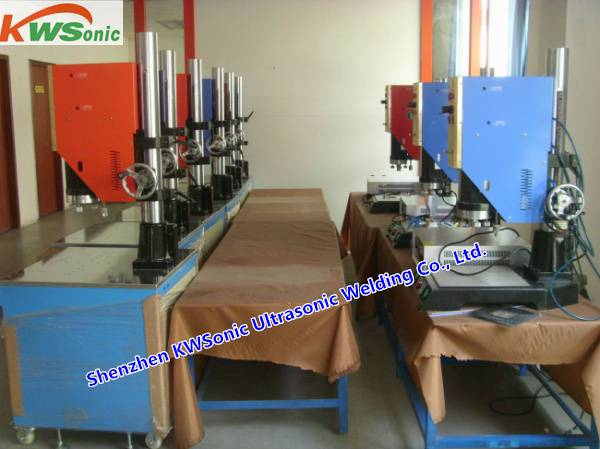 20KHZ China Made High Quality Durable Ultrasonic Plastic Welding Machines Perfect Welding Plastic Pi