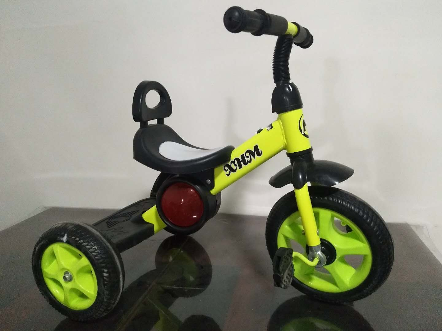 cheap wholesale factory high quality plastic gift children ride three wheels bicycle