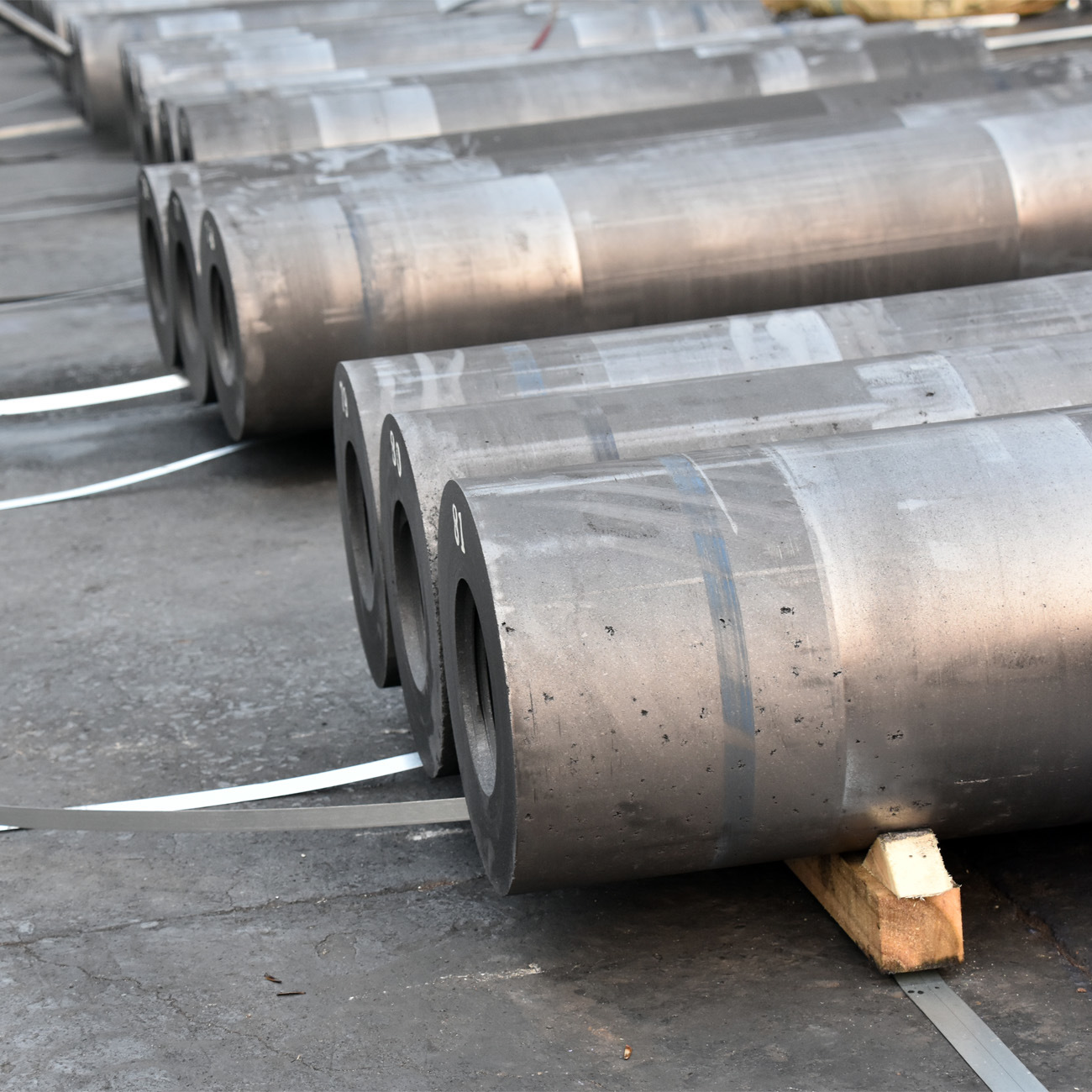 Graphite Electrode Price/Graphite Electrode for Arc Furnaces/HP Electrode Graphite