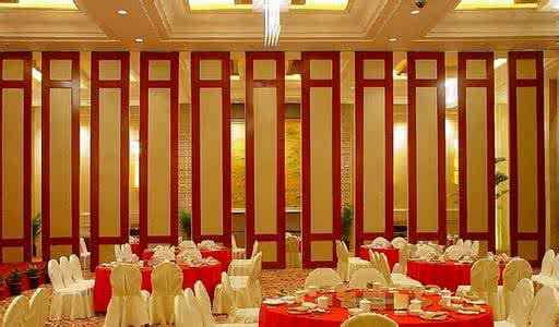 California Style Fireproof Formatieren Move &Fixed Hotel Partition Function Wood Wall Screen Door