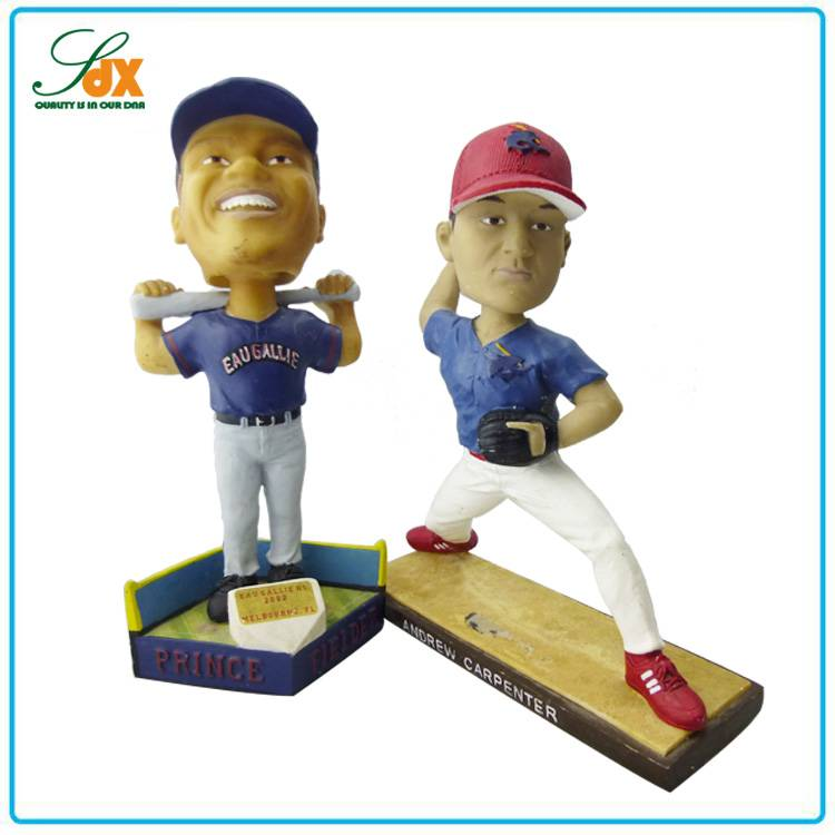 China Factory Direct Smile Sports Player Baseball Bobble Heads