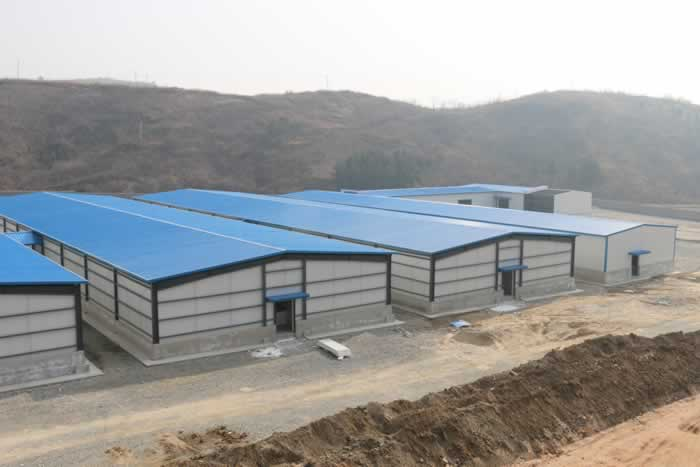 Prefabricated warehouse for workers-nanyang xinxing steel structure