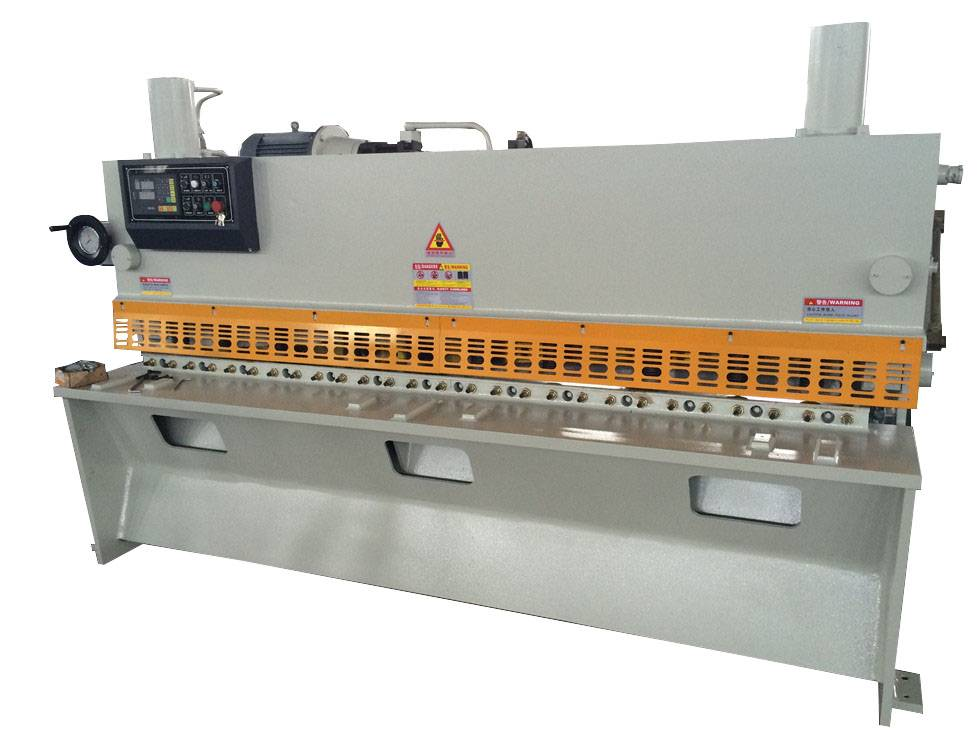 Brake type shearing machine