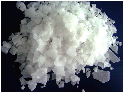 Caustic Soda Pearls and flakes 99% (Sodium Hydroxide NaOH)