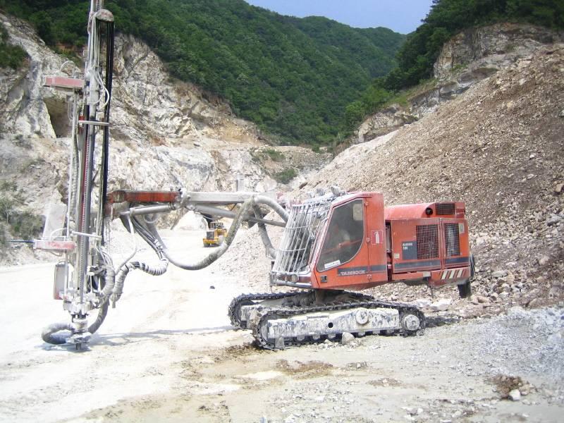 Used TAMROCK RANGER 500 Hydraulic Crawler Drill Rig