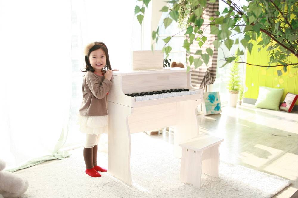 Digital piano for kids