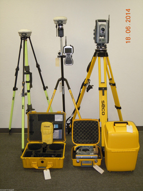 Used Trimble IS Solution S8 Robotic Total Station & R8 Model 3 GPS GNSS RTK Set TSC3
