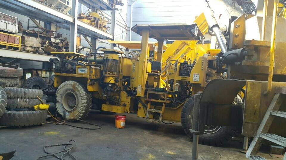 Used hydraulic crawler drill ATLAS COPCO BOOMER 352