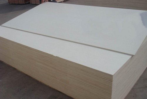 Full_poplar_commercial_plywood_board_with_MR_