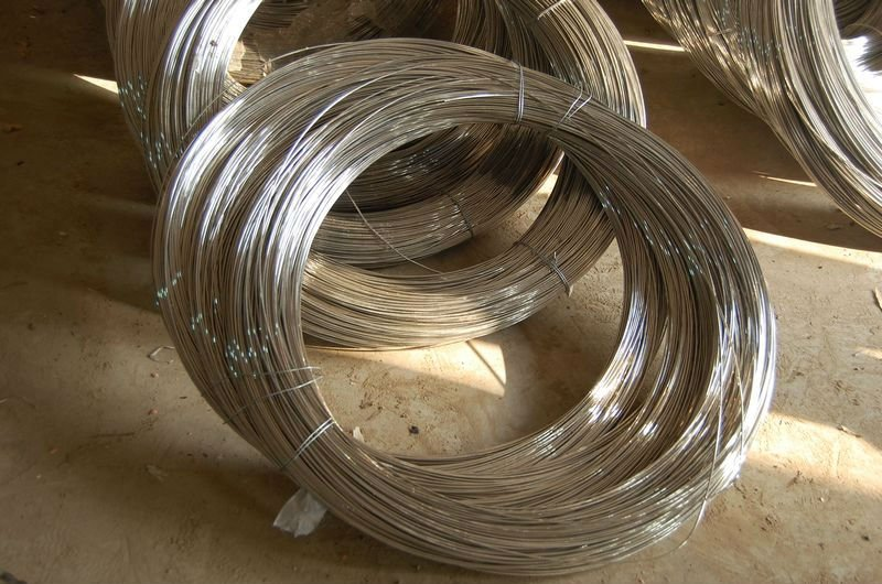 Galvanized redrawing steel wire