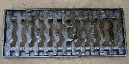 cast iron drainage sewer manhole cover EN124 C250