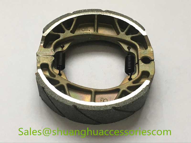 CG125 brake shoe for Honda motorycycle,brake lining with groove,weightness of 180g