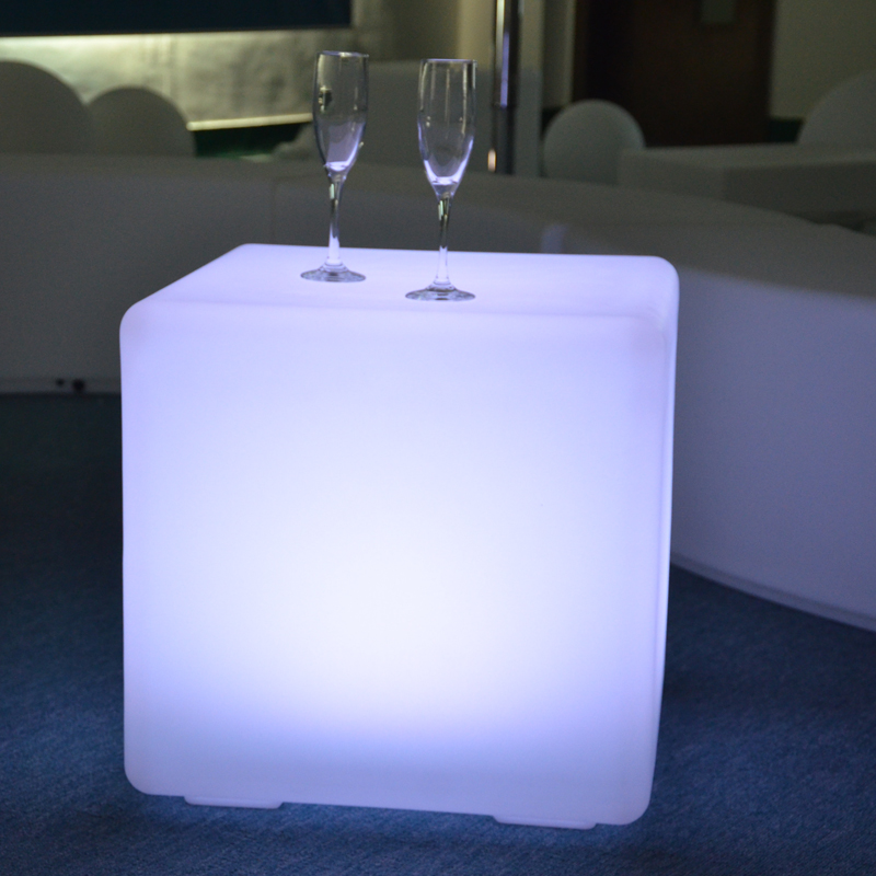 43cm Illuminated Colorful Plastic Wedding Event Furniture Led Cube