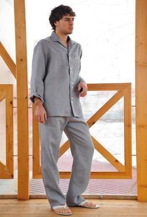 100% linen pajamas for men. Designed and manufactured in Italy