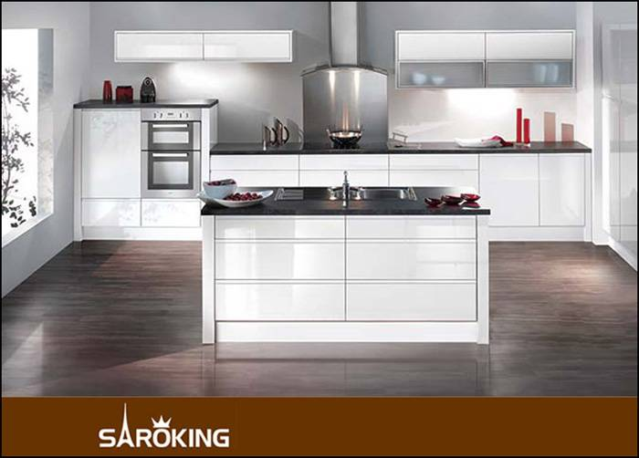 High Glossy Lacquered Kitchen Cabinet Custom Design