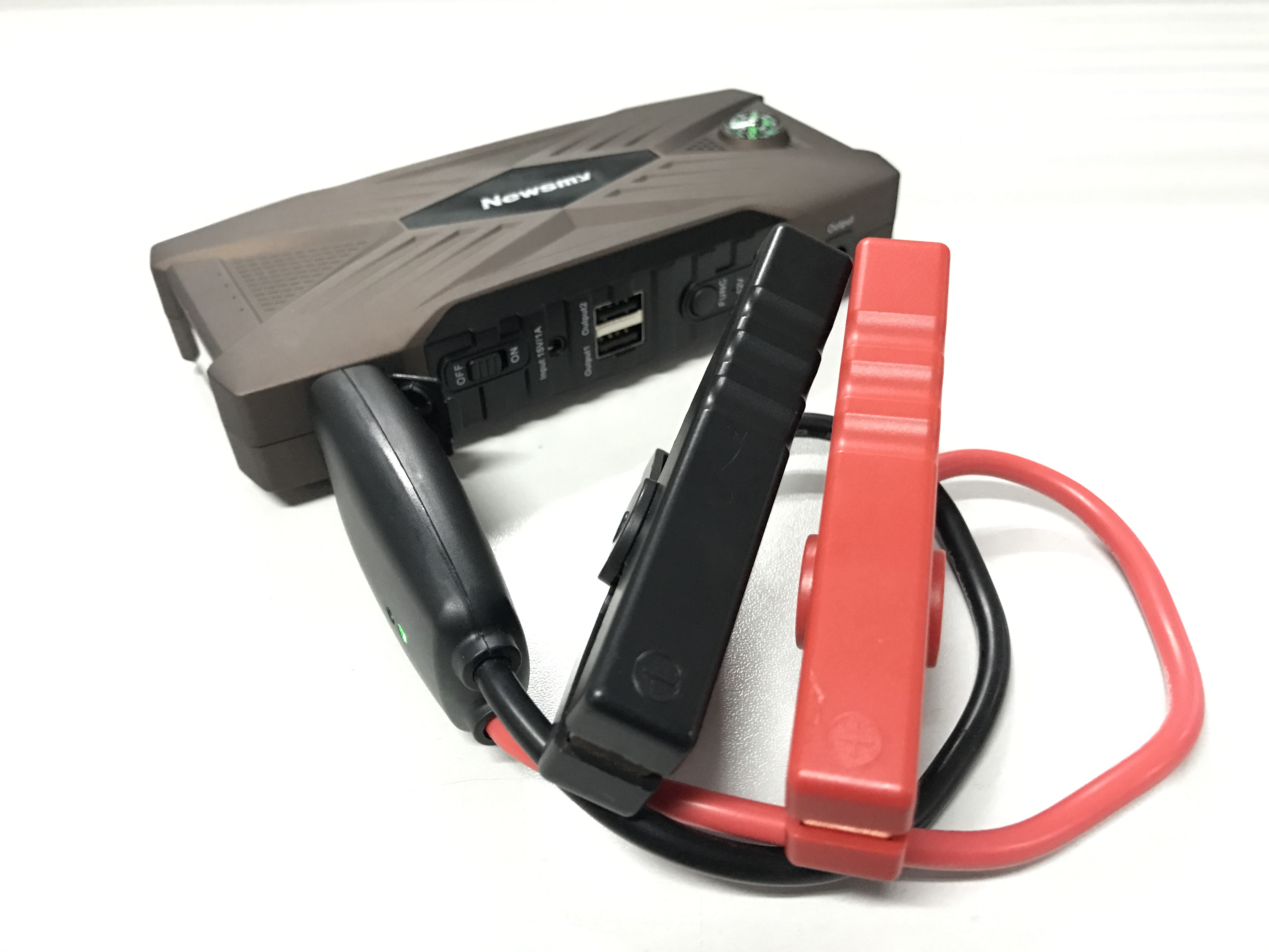 S700 multifunctional car emergency jump starter with smart clip LED light dual USB