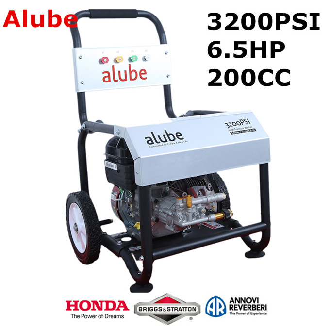 3200PSI 220Bar 6.5HP 200CC gasoline high pressure washer
