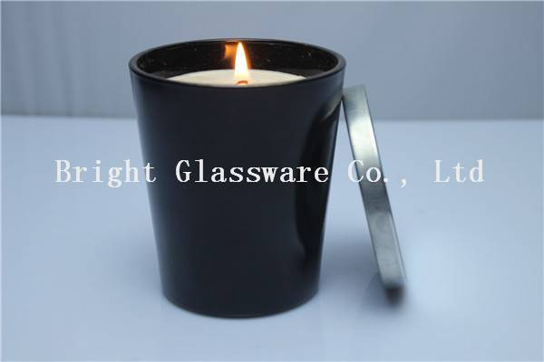 Natural Scented Soy Wax Candle in Black Glass Candle Jar With Metal Lid