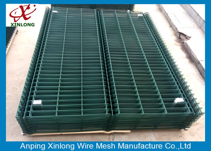 Convenient Installation Powders Sprayed Coating 3.0mm Dark Green 3D Wire Mesh Fence