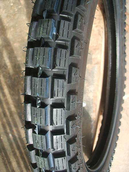 Wear-resisting Off Road Motorcycle Tire Manufacturer 3.00-18