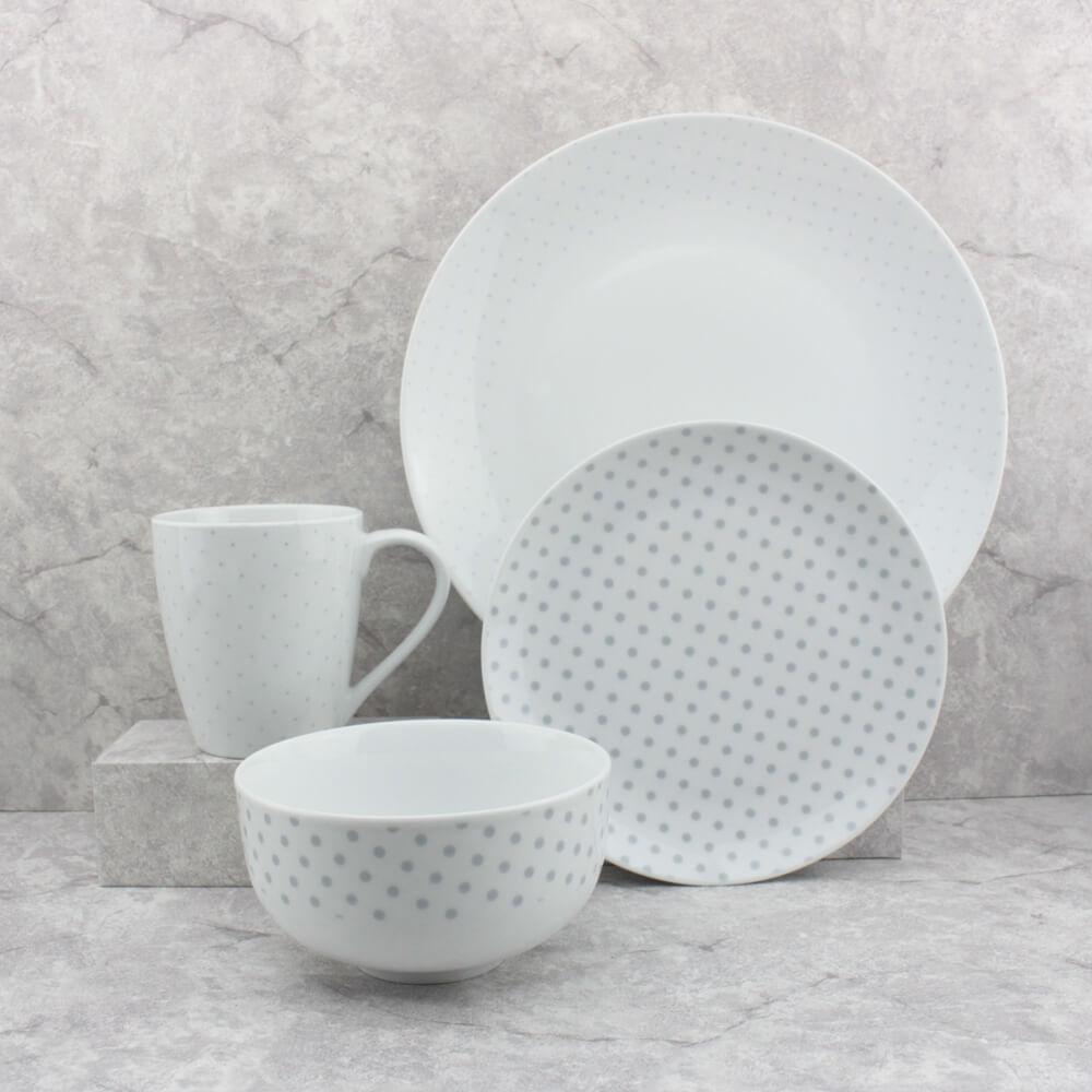 polka dot dinnerware